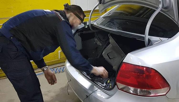 Установка парктроников, парковочных радаров в Киеве